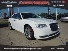2018_Chrysler_300_Limited RWD_ Slidell LA