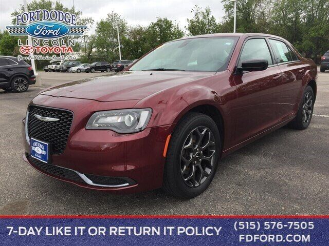 2018 Chrysler 300 Touring Fort Dodge IA