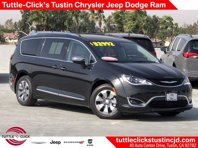 2018 Chrysler Pacifica Hybrid Limited Tustin CA