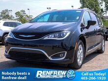 2018_Chrysler_Pacifica Hybrid_Touring-L 2WD_ Calgary AB