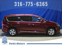 Chrysler Pacifica Hybrid Touring L 2018
