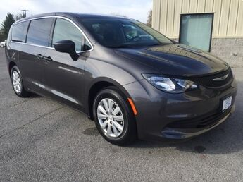 2018_Chrysler_Pacifica_L_ Cape Girardeau