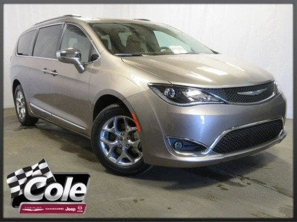 2018_Chrysler_Pacifica_LIMITED_ Southwest MI