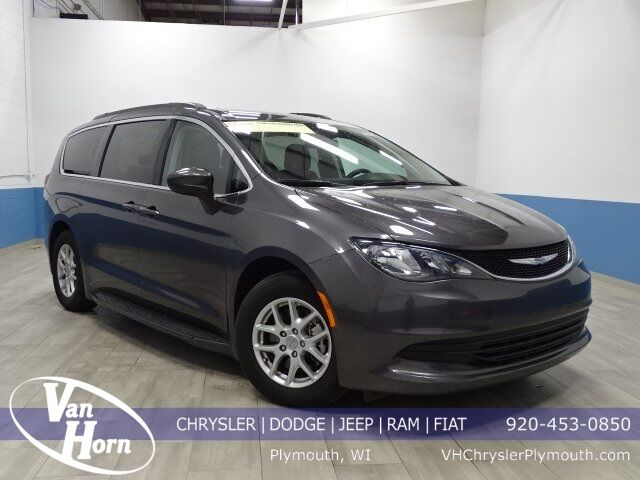 2018 Chrysler Pacifica LX Plymouth WI
