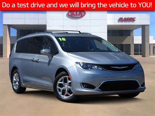 2018 Chrysler Pacifica Limited Carrollton TX
