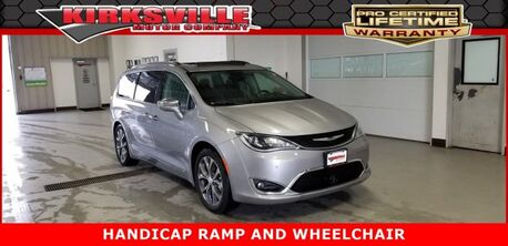 2018_Chrysler_Pacifica_Limited FWD_ Kirksville MO
