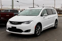 2018_Chrysler_Pacifica_Limited_ Fort Wayne Auburn and Kendallville IN