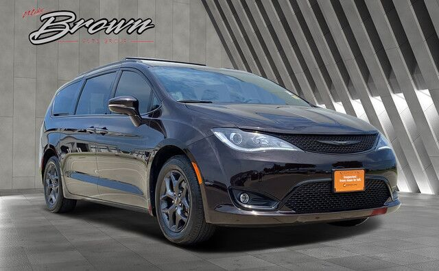 2018 Chrysler Pacifica Limited Granbury TX
