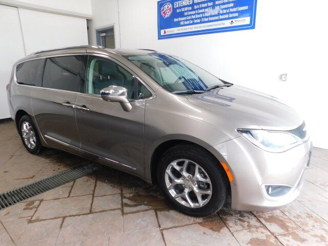2018 Chrysler Pacifica Limited LEATHER NAVI SUNROOF Listowel ON
