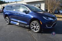 2018 Chrysler Pacifica Limited Wheelchair Van Conyers GA
