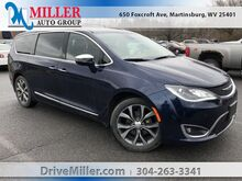2018_Chrysler_Pacifica_Limited_ Martinsburg