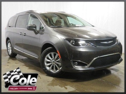 2018_Chrysler_Pacifica_TOURING L PLUS_ Southwest MI
