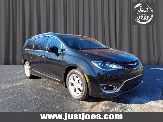 2018 Chrysler Pacifica Touring L Chester Springs PA