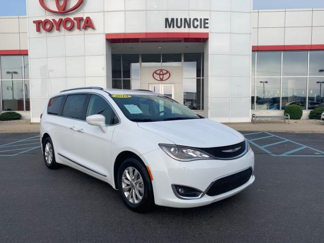 2018 Chrysler Pacifica Touring L FWD Muncie IN