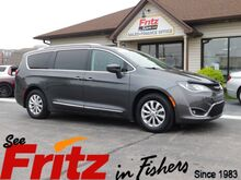 2018_Chrysler_Pacifica_Touring L_ Fishers IN