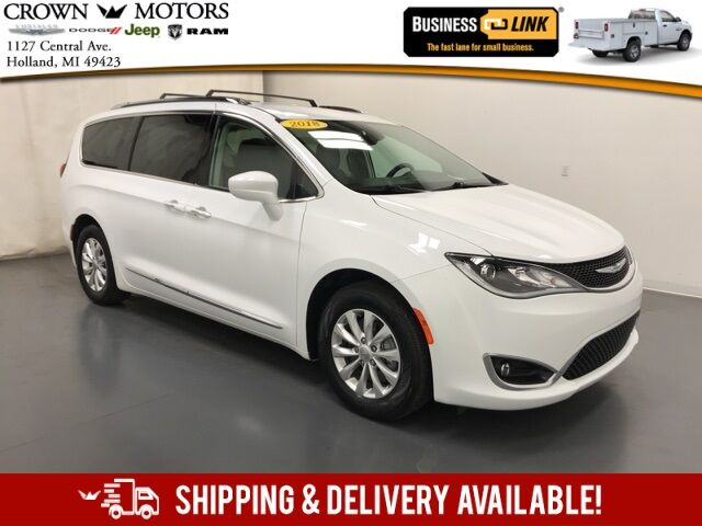 2018 Chrysler Pacifica Touring L Holland MI