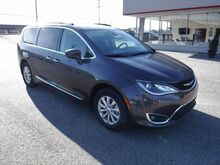 2018_Chrysler_Pacifica_Touring L_ Manchester MD