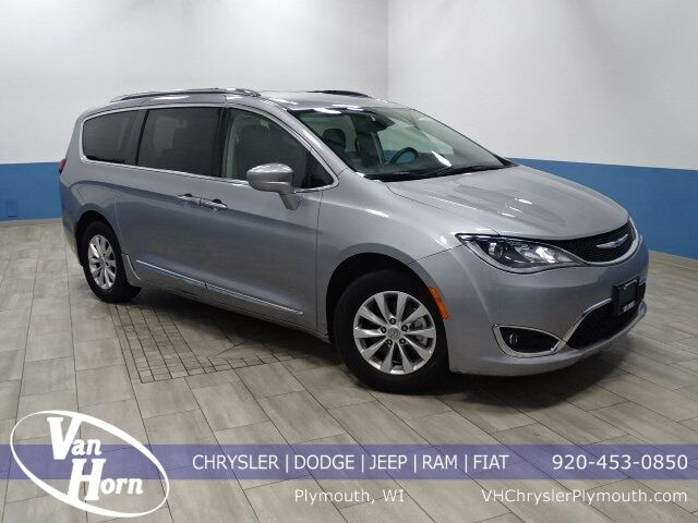 2018 Chrysler Pacifica Touring L Milwaukee WI