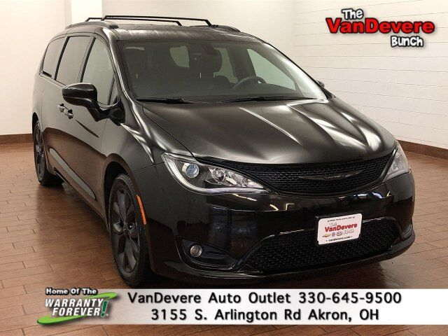 2018 Chrysler Pacifica Touring L Plus Akron OH