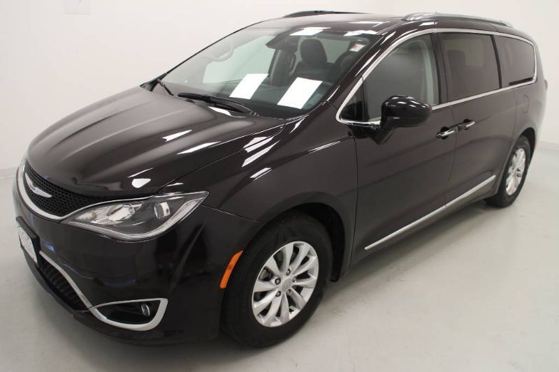 2018 Chrysler Pacifica Touring L Plus Bonner Springs KS