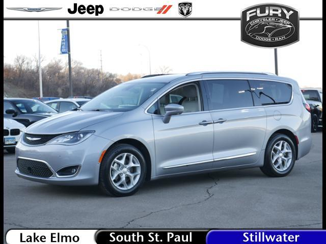 2018 Chrysler Pacifica Touring L Plus FWD Stillwater MN