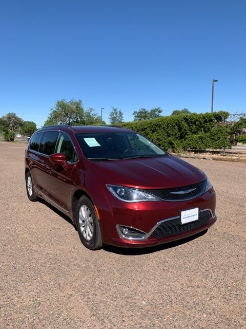 2018_Chrysler_Pacifica_Touring L_ Santa Fe NM
