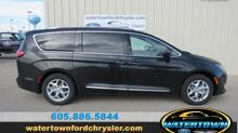 2018_Chrysler_Pacifica_Touring L_ Watertown SD