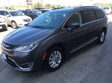 2018_Chrysler_Pacifica_Touring L_ West Salem WI