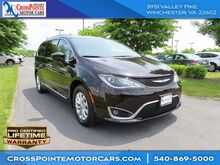 2018_Chrysler_Pacifica_Touring L_ Martinsburg
