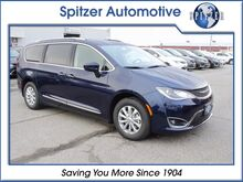 2018_Chrysler_Pacifica_Touring L_ Mansfield OH