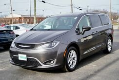 2018_Chrysler_Pacifica_Touring Plus_ Fort Wayne Auburn and Kendallville IN