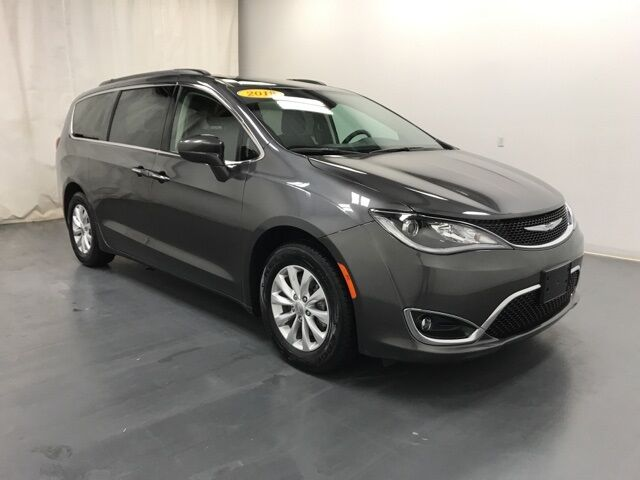 2018 Chrysler Pacifica Touring Plus Holland MI