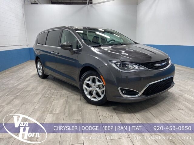 2018 Chrysler Pacifica Touring Plus Milwaukee WI