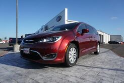 2018_Chrysler_Pacifica_Touring Plus_ Mission TX