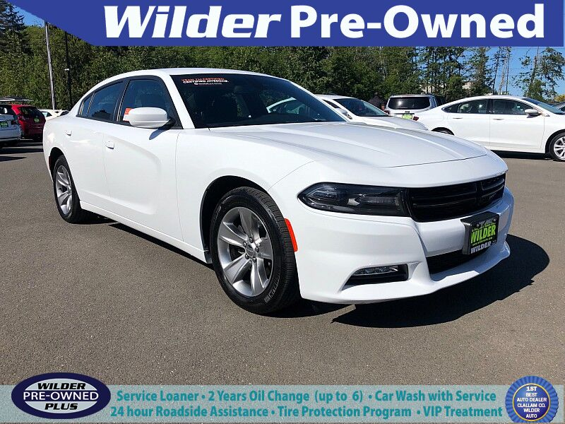 2018 Dodge Charger 4d Sedan RWD SXT Plus