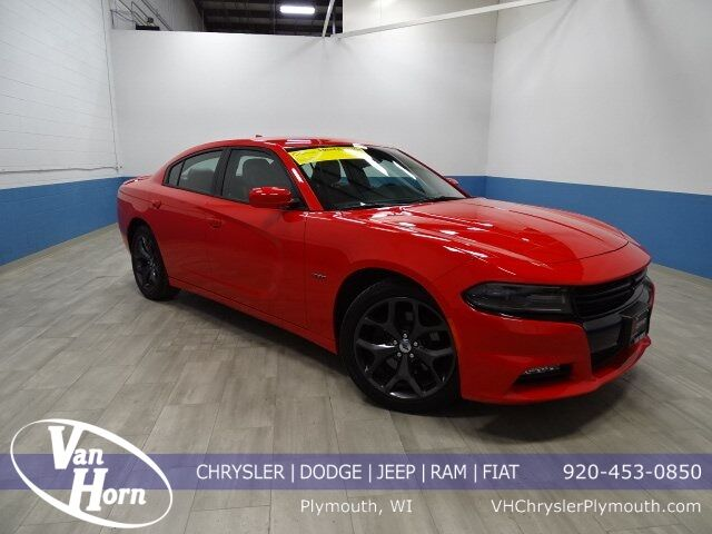 2018 Dodge Charger R/T Plymouth WI