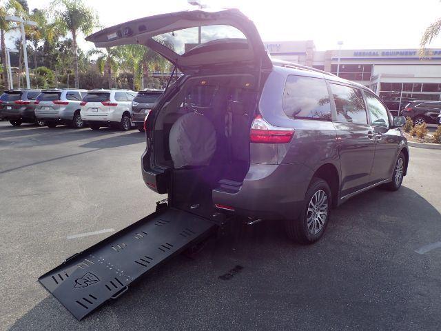 2018 FMI Toyota Sienna Limited Premium w/ Manual Rear Ramp Anaheim CA
