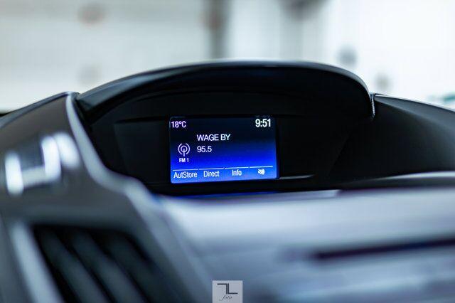 2018 Ford Escape AWD SE BCam Red Deer AB