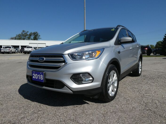 2018 Ford Escape SE Heated Seats Navigation Back Up Cam Essex ON