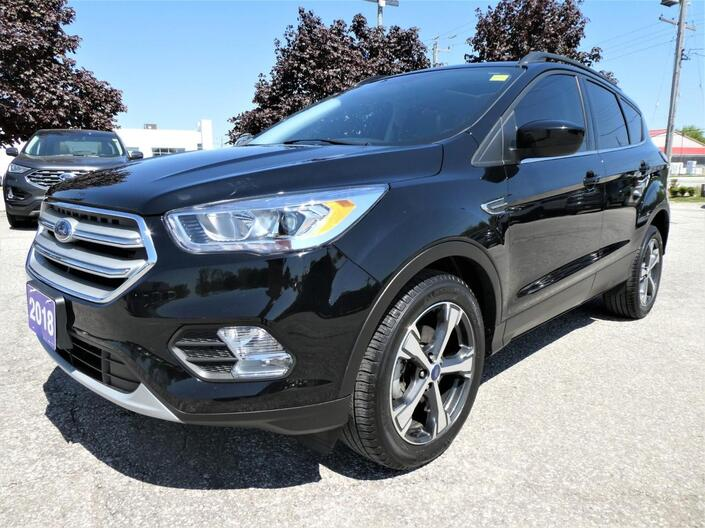 2018 Ford Escape SEL | Navigation | Panoramic Roof | Power Lift Gate Essex ON