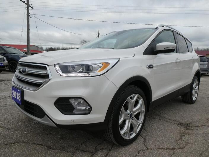 2018 Ford Escape Titanium Navigation Remote Start Power Lift Gate Essex ON