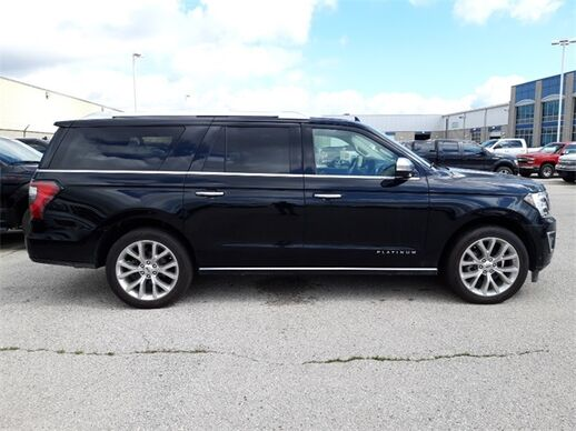 2018_Ford_Expedition EL/Max_4WD Platinum_ Fond du Lac WI