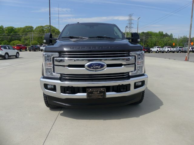 2018 Ford F-250 SD Lariat Crew Cab Long Bed 4WD Cullman AL