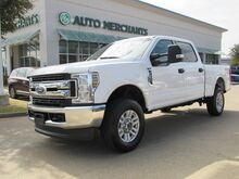2018_Ford_F-250 SD_XLT Crew Cab 4WD CLOTH SEATS, BLUETOOTH, BACKUP CAMERA, USB INPUT, FRONT ROW BENCH, BED LINER_ Plano TX