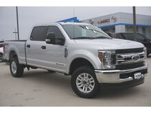 2018_Ford_F-250SD_XLT_
