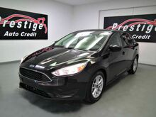 2018_Ford_Focus Back-up Camera_SE_ Akron OH