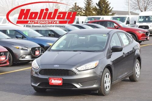 2018_Ford_Focus_S_ Fond du Lac WI