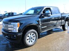 2018_Ford_Super Duty F-350 SRW_Platinum_ Edmonton AB