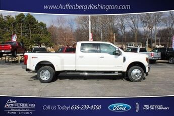 2018_Ford_Super Duty F-450 DRW_Lariat_ Cape Girardeau
