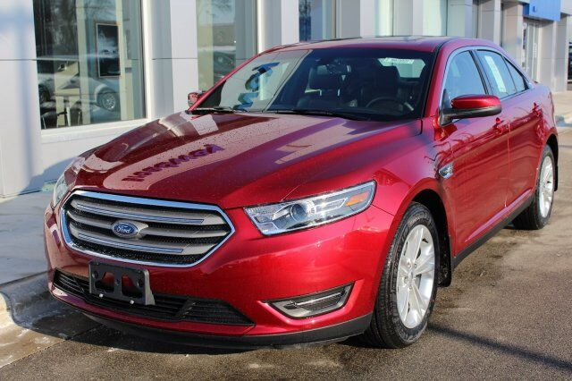 2018 Ford Taurus SEL Green Bay WI